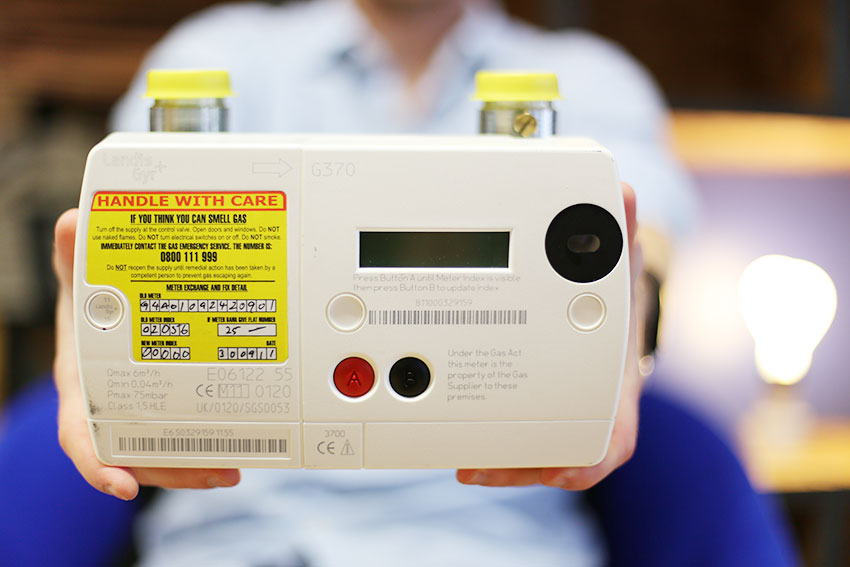 Smart meters will be rolled out across the UK